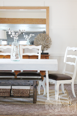 how to turn any table into a farmhouse table. The best diy farmhouse decor projects for you home! Farmhouse decor and decorating ideas.