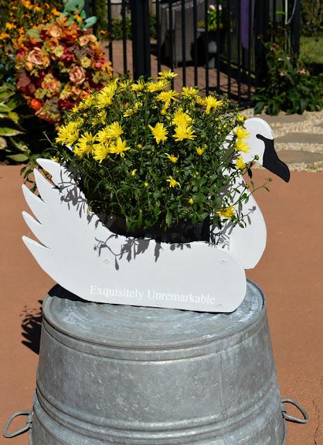 DIY Swan Planter