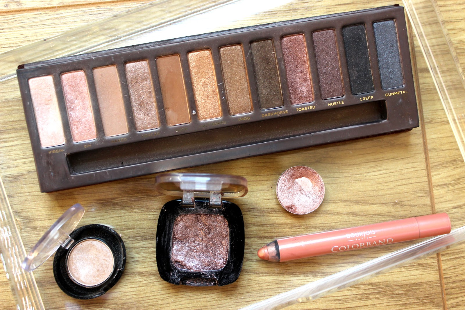 one sweep wonders, urban decay naked toasted, loreal cafe saint germain, bourjois rose fauviste, one sweep eyeshadows