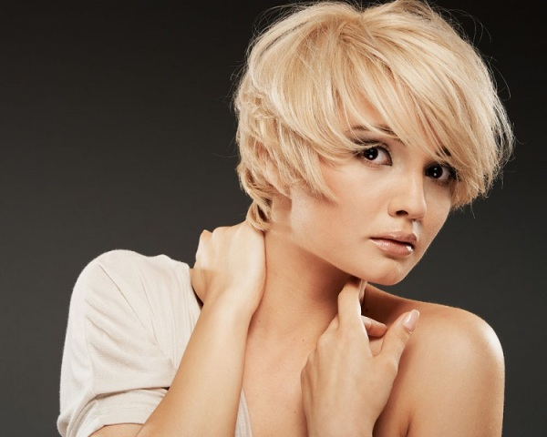 L Hairstyles For Short Hair: 37 Cute Haircuts For Short Haired Girls