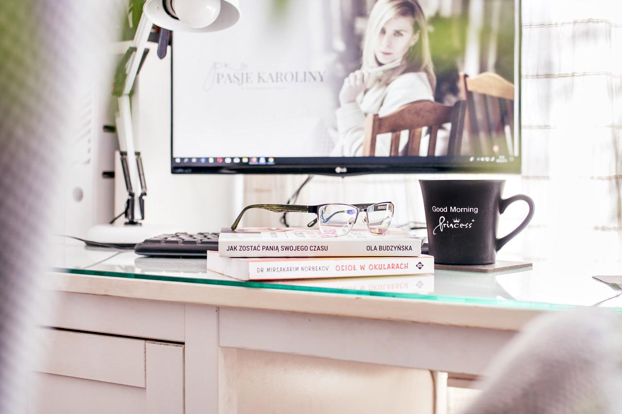 Jak reduukować negatywne skutki pracy przy komputerze?