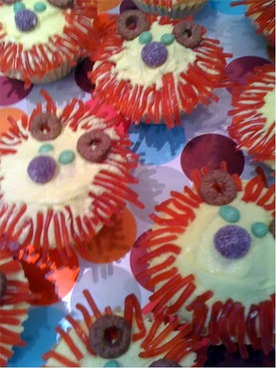 Decorated lion cupcakes