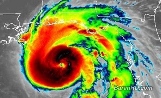 Michael se convierte en huracán categoría 4