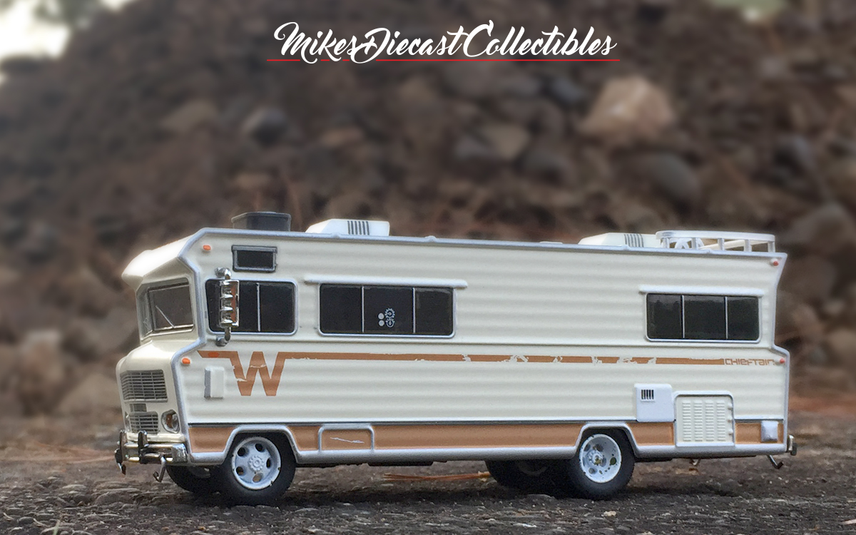 Mike's Diecast Collection: The 1973 Winnebago Chieftain