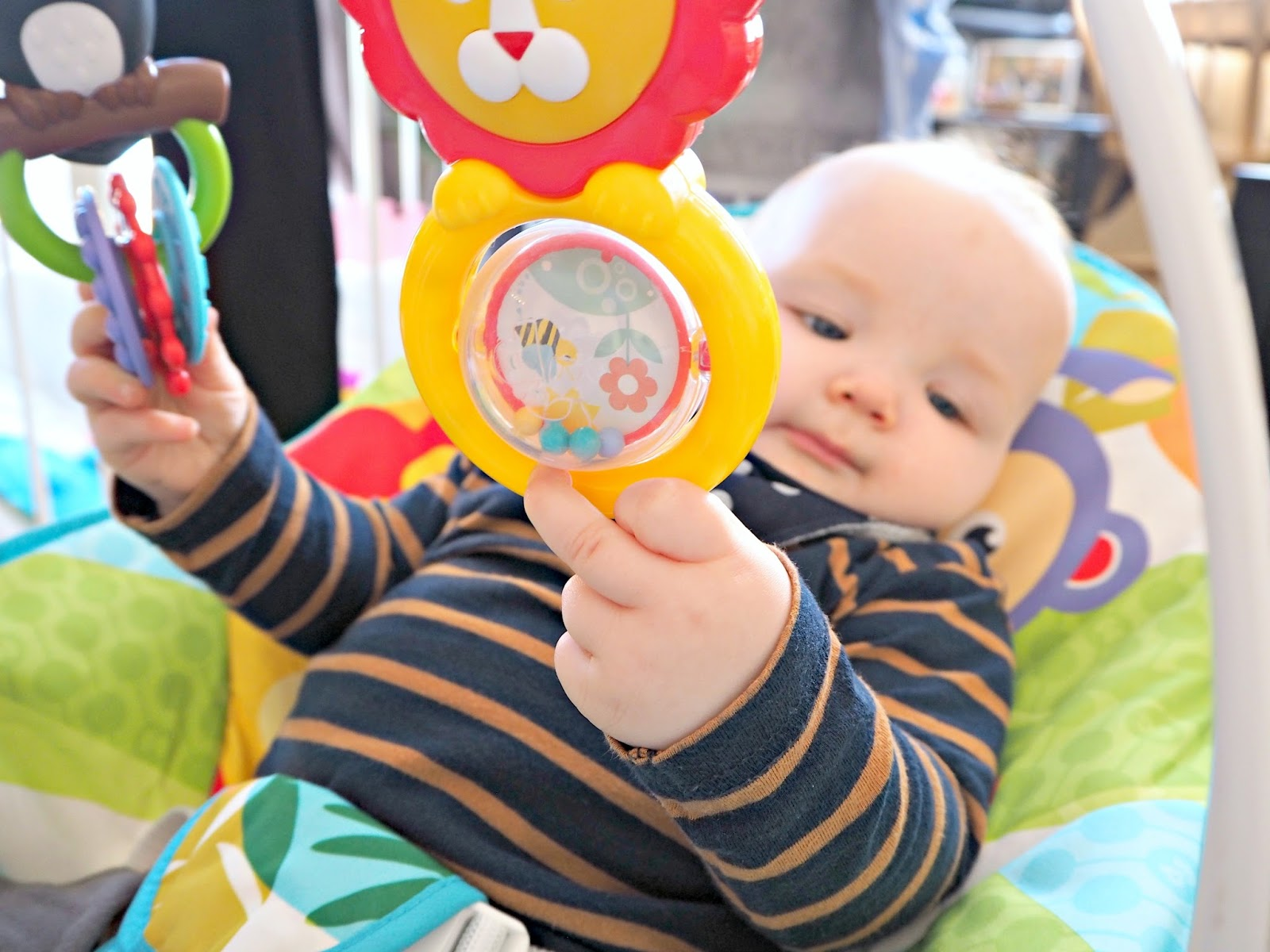 THE BABY ROCKER THAT YOU NEED FOR YOUR LITTLE ONE | Fisher-Price | Love, Maisie | www.lovemaisie.com