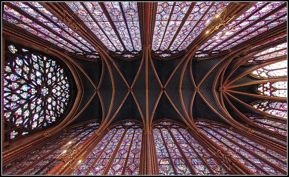 The Sainte Chapelle Bays