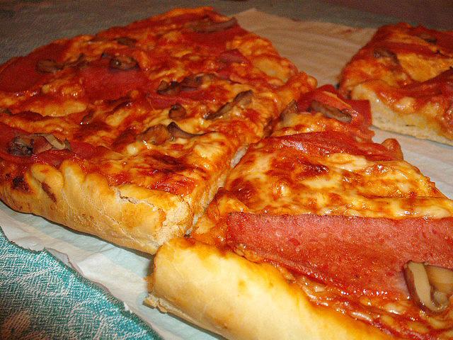 πίτσα αφράτη