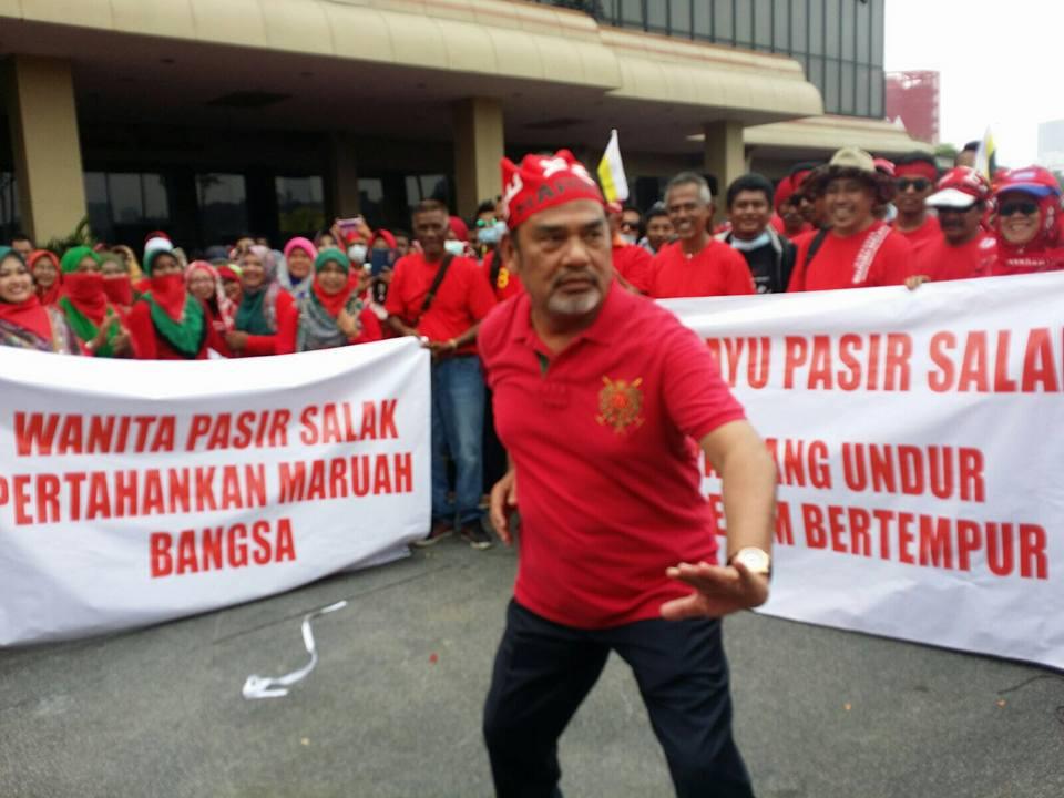 Pemuda UMNO sekarang ini kurang sifat 'jantan'??