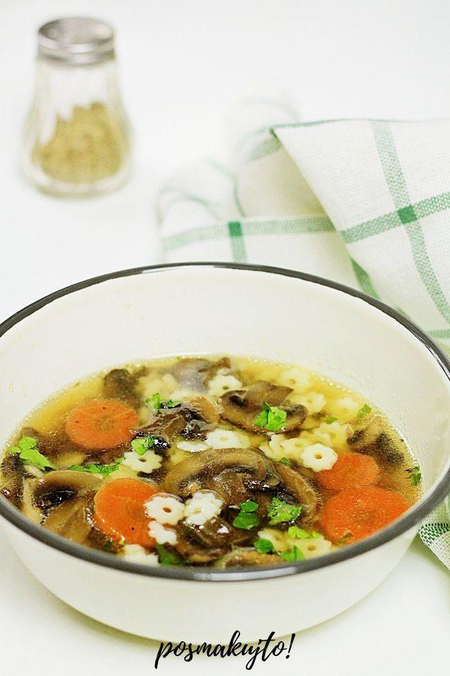 zupa-pieczarkowa-z-makaronem