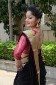 madhavi latha latest pics-thumbnail-14