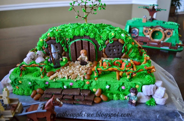 DIY Hobbit Cake by Over The Apple Tree