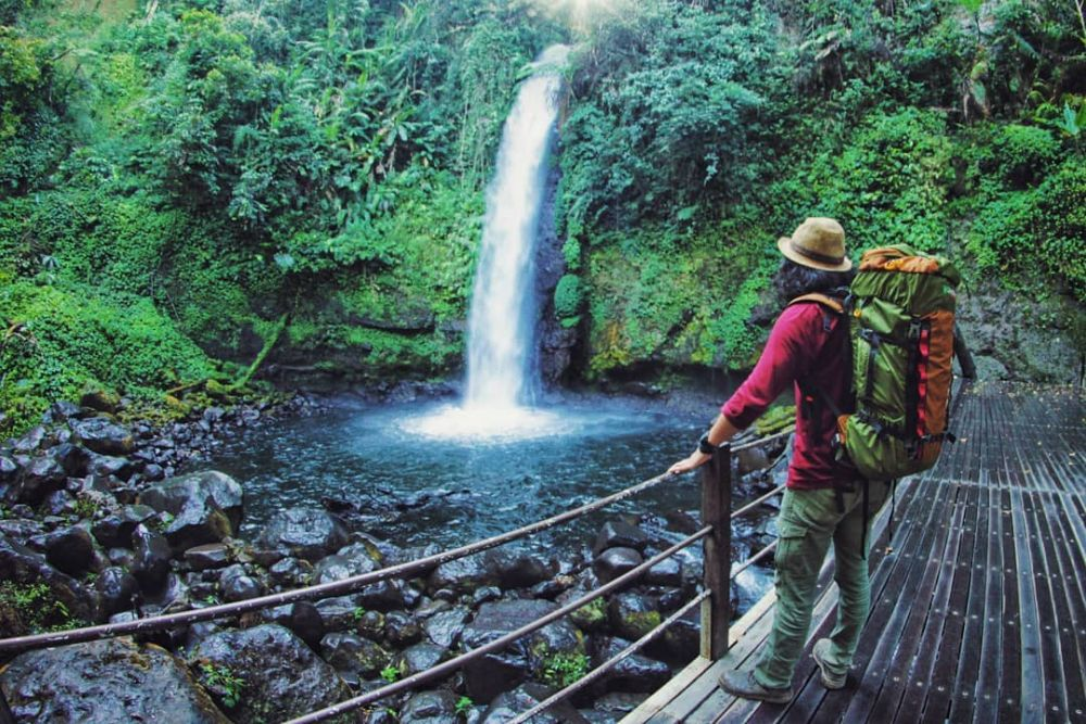 Curug Sawer Argamukti, Argapura, Kabupaten Majalengka, Jawa Barat 45462