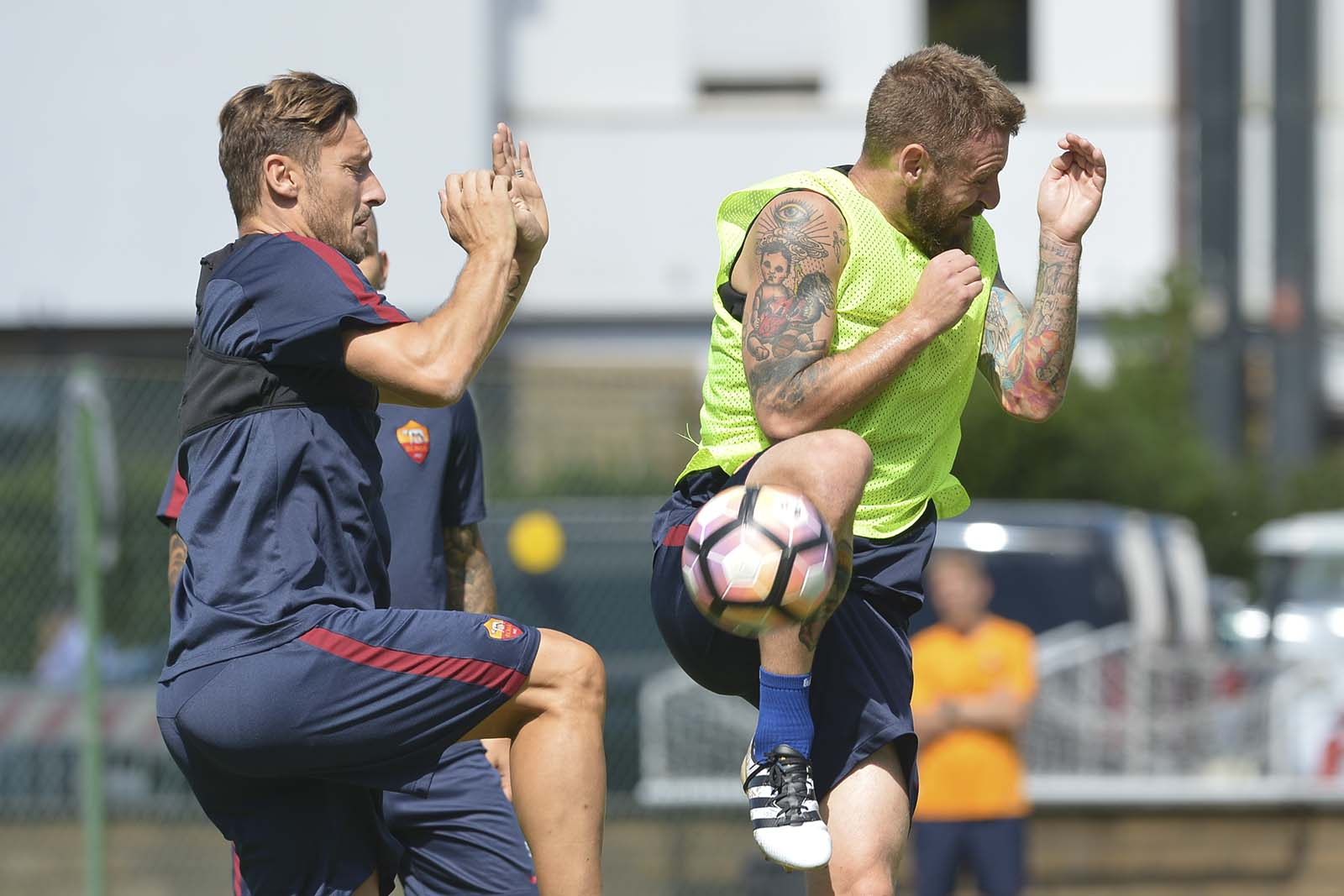 De Rossi to Debut Adidas Copa Mundial Boots Against Spain Tomorrow