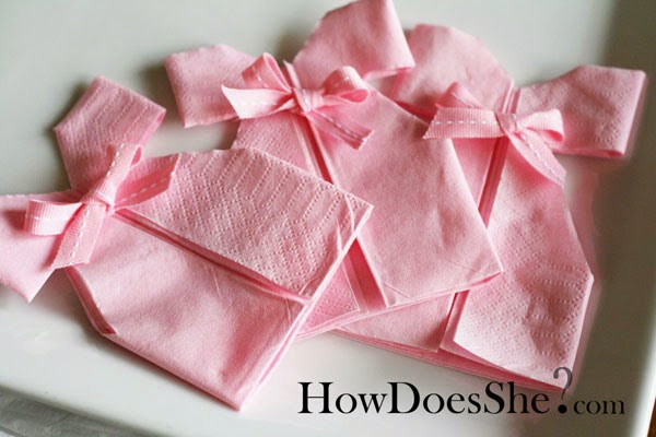 Hot to Fold the Napkins Special for Baby Parties. DIY.