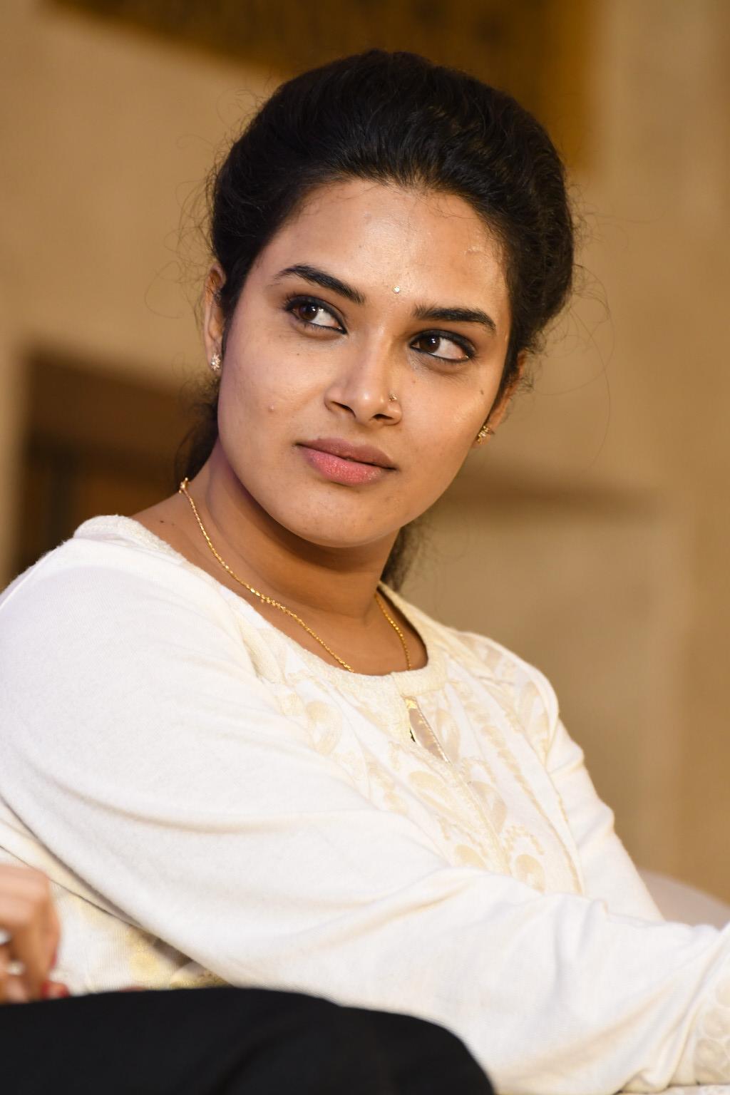 Tv Actress Hari Teja Hot Serious Face Photos