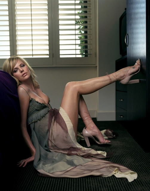 Charlize Theron Hot Legs
