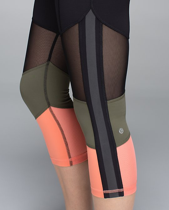 lululemon mesh with me crop peach