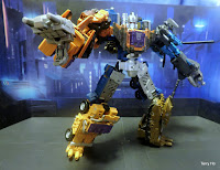Unite Warriors Bruticus