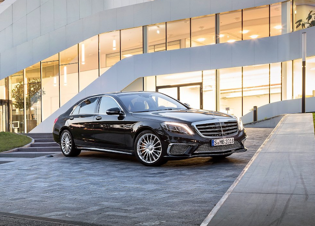 2015 Mercedes-Benz S63 AMG sedan