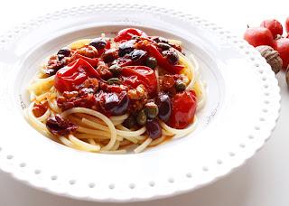 spaghetti + puttanescab + pasta gragnano