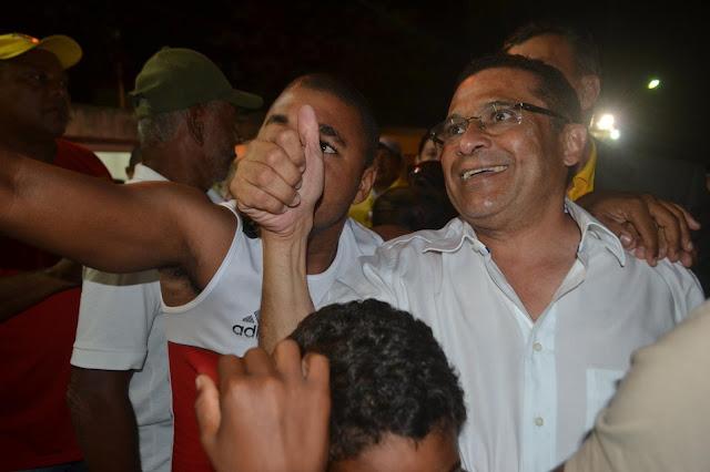 Prefeito de Escada, Lucrécio Gomes, faz 57 anos nesta quarta