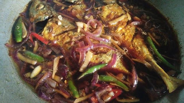 Ikan Kembung Masak Kicap Pedas Masam Manis,resepi Ikan Kembung Masak Kicap Pedas Masam Manis, ikan kembung, masak kicap ikan, ikan masak kicap, kicap, kicap manis, cara masak kicap ikan, cara masak kicap sedap, ikan masak kicap sedap, ikan masak kicap mudah dan sedap, resepi ikan masak kicap mudah dan sedap, ikan masak kicap mudah dan sedap, sedapnya ikan masak kicap, ikan kicap, menu ikan mudah dan sedao, menu sahur, menu berbuka, menu mudah untuk berbuka, menu mudah untuk sahur, menu sahur, resepi bulan ramadhan, bahan masak kicap ikan, ikan, ikan kembung, cara masak ikan kembung, resepi ikan kembung, resepi masak kicap, resepi menggunakan kicap, kicap dan ikan