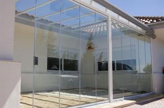 Montaje de techos de policarbonato