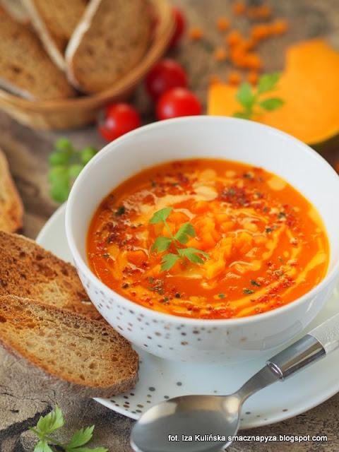 kremowa zupa dyniowo pomidorowa, krem dyniowo pomidorowy, krem z dyni, zupa krem warzywny, kremowa zupa jarzynowa, dynia z pomidorami