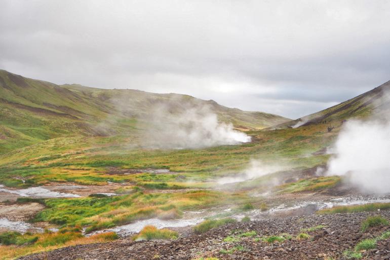 Source chaude de Reykjadalur en Islande