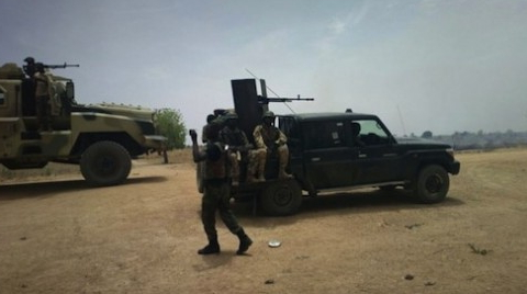 2 nigerian soldiers injured
