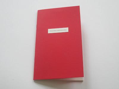http://elisabethtonnard.com/works/tischblumenbilder/