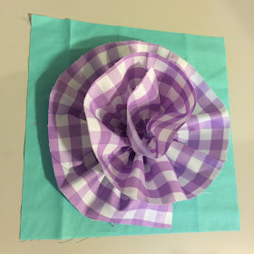 Ruffle flower for the beginning of a rag quilt