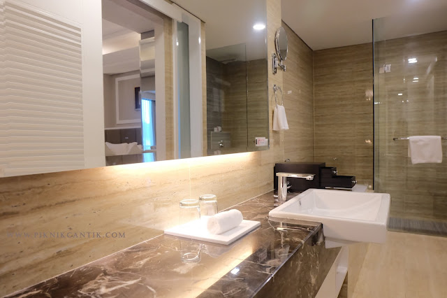 executive room Best western premier panbil batam