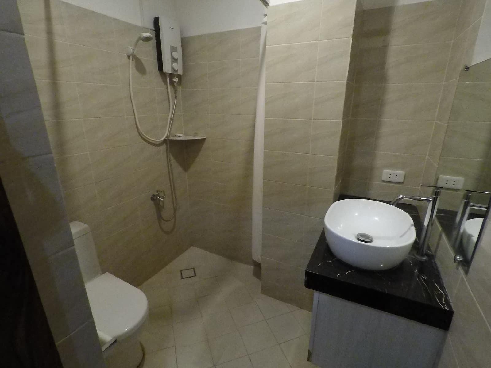 Toilet in Golden Gate Suites