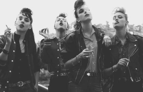 cewek punk 8 Komunitas Punk Terkenal di Dunia