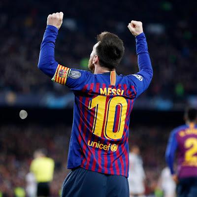 Jogo entre Barcelona e Liverpool