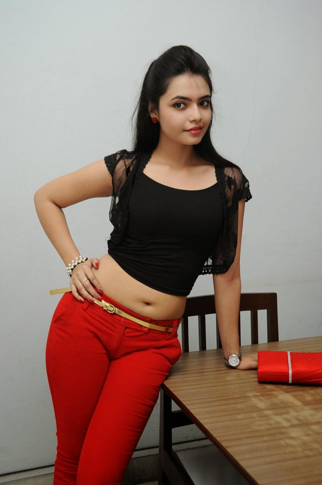 Young Actress Merina Photos at Veerudokkade audio-HQ-Photo-43