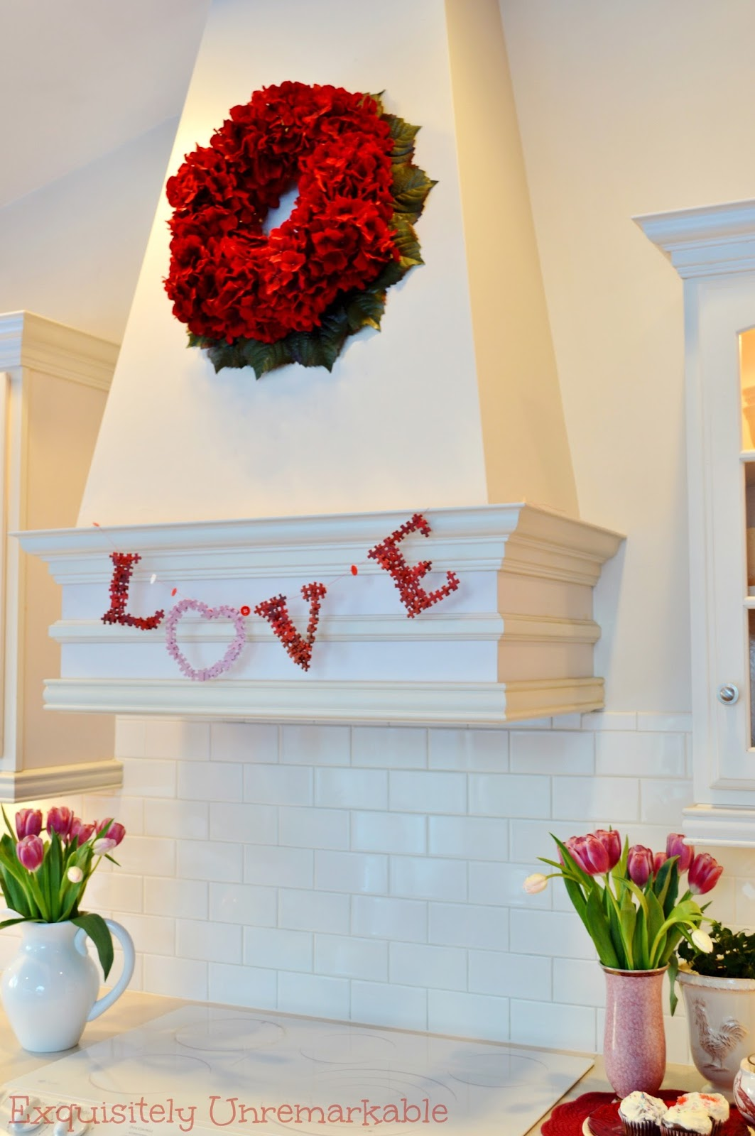 how to make a garland banner from puzzle pieces