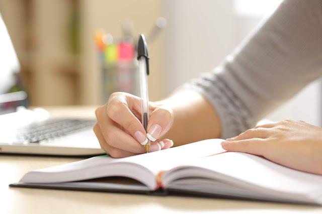 Conheça os benefícios de escrever à mão