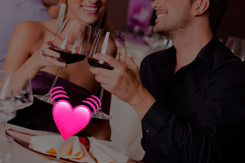 sexo en restaurante con bragas masturbadoras