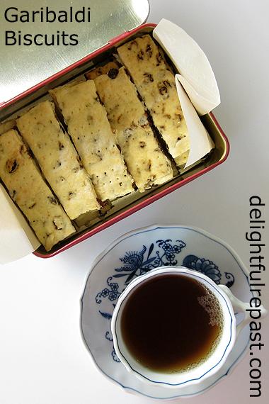 Garibaldi Biscuits - Currant Cookies - A British Classic / www.delightfulrepast.com