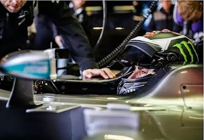 Lorenzo Kembali Jadi Pembalap F1 Dadakan