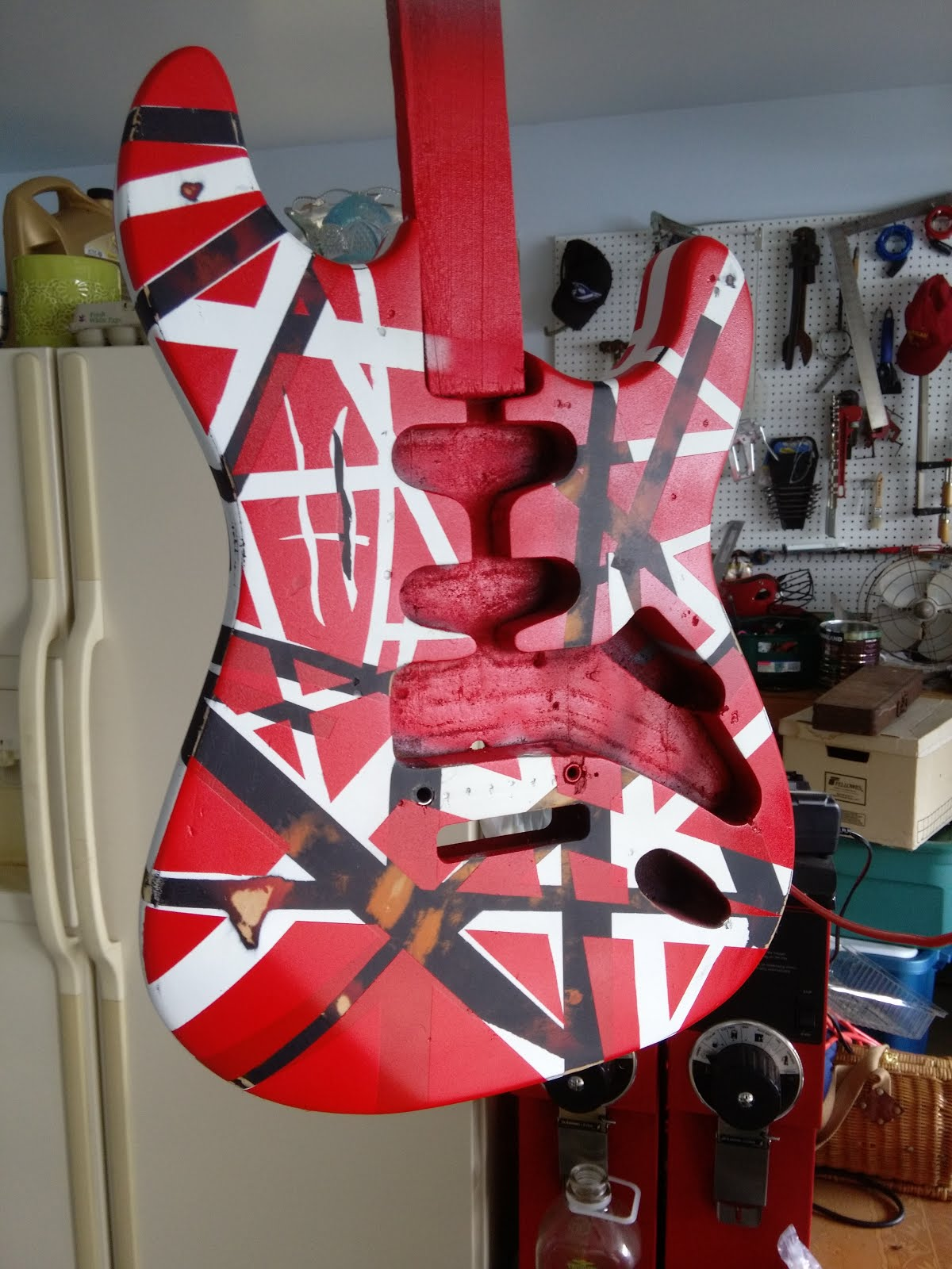Mattwins How To Paint An Eddie Van Halen Frankenstrat