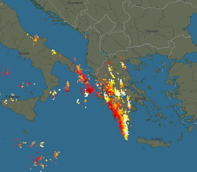 Ισχυρές καταιγίδες αυτή την ώρα πάνω από την χώρα μας και την Πιερία.