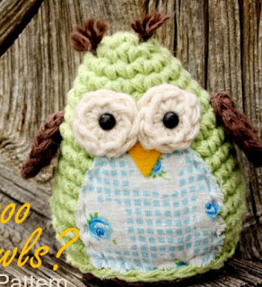 http://translate.googleusercontent.com/translate_c?depth=1&hl=es&rurl=translate.google.es&sl=en&tl=es&u=http://bitowhimsyblog.blogspot.com.es/2011/04/simple-and-sweet-owl-crochet-pattern.html&usg=ALkJrhhCrmbmZXmed8B69LAztAoGHnQwkg