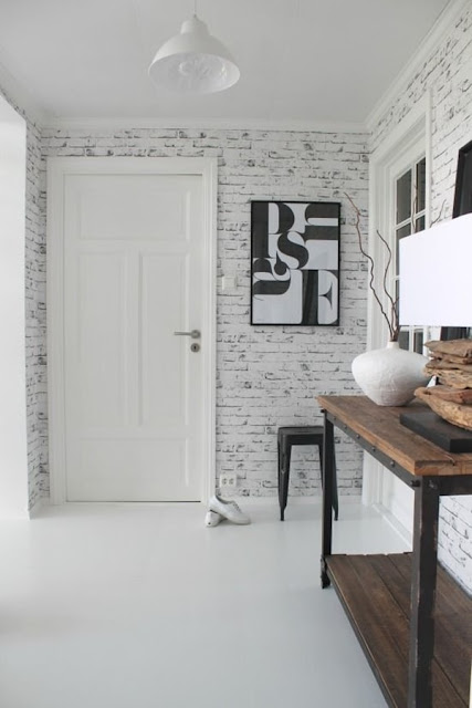 Ideas For Decorating With Wallpaper 10