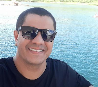 Após 16 meses, Radialista Giuliano  Ribeiro é exonerado da Diretoria de Cultura da Prefeitura de  Delmiro Gouveia