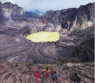 15 gunung di indonesia yang masih aktif
