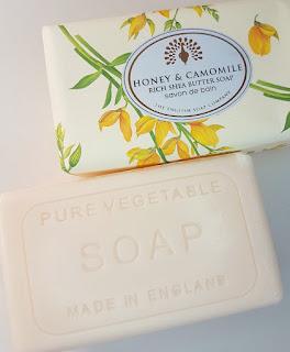 The English Soap Company Honey & Camomile