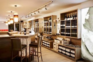 Vinski bar - vinoteka Dveri-Pax